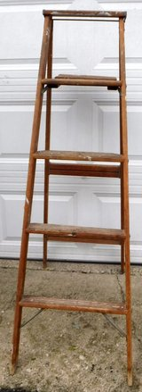 5' foot Stepladder - 5ft Wood Ladder in Westmont, Illinois