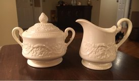 Wedgwood Creamer/Sugar in Joliet, Illinois