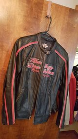 Ladies Harley Davidson Coat Size X-Lg in Fort Leonard Wood, Missouri