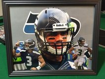 *** SEAHAWKS - Russell Wilson (print #2) 8x10 framed Lithograph *** (NEW) in Fort Lewis, Washington