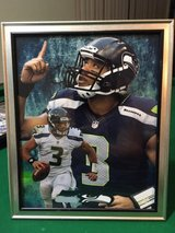 *** SEAHAWKS - Russell Wilson (print #3) 8x10 framed Lithograph *** (NEW) in Fort Lewis, Washington