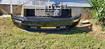 mustang V6 grill front bumper and Chin spoiler in Hopkinsville, Kentucky