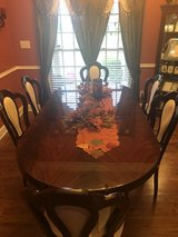 7 Piece Mahogany Dining Room Set in Hopkinsville, Kentucky