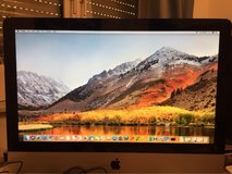 Apple (21.5 inch, Mid 2010) iMac Computer Keyboard & Mouse - Reduced in Ramstein, Germany