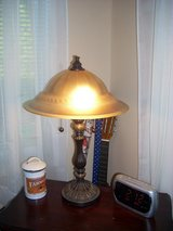 1 light with pull chain in Tacoma, Washington