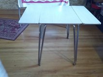 Formica Table in Bartlett, Illinois