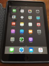 IPad mini 1 with 16gb - 1st Generation in Westmont, Illinois