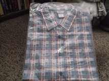 short sleeve button front blouse size large new in Alamogordo, New Mexico