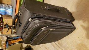suitcase rolling in Orland Park, Illinois