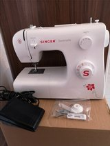 Sewing machine Singer new in bookoo, US