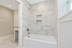 Bathroom Remodeling for Less in Conroe, Texas