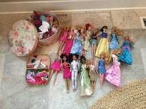 16 Barbie (or Barbie-like) Dolls + Pink Hat Box of Clothes + Purse Box of Shoes/Accessories in Bolingbrook, Illinois