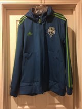 Adidas Men's Jacket in Fort Campbell, Kentucky