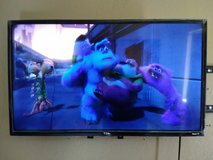 32 inch smart TV in Yucca Valley, California