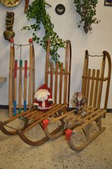 Antique / Vintage / mid century Wooden Sleds Snow Sleigh Sled in Wiesbaden, GE