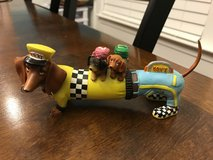 Hot Diggity Dachshund Moms Taxi in Bolingbrook, Illinois