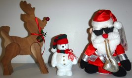 Christmas Holiday Decor - Reindeer Snowman Dancing/Singing Santa in Orland Park, Illinois