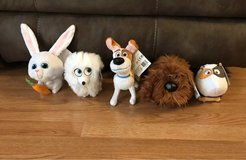 NEW The Secret Life Of Pets Stuffed Toys Lot of 5 in Glendale Heights, Illinois