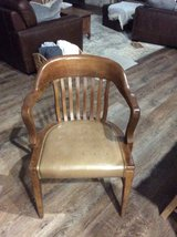 Vintage office chair in Cleveland, Texas