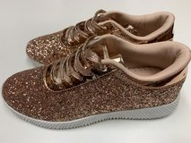 CLEARANCE***BRAND NEW***Women's Gold Glitter Sneakers***SZ 8.5 in Cleveland, Texas