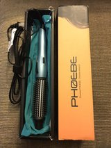 Brand New Curling iron in Fort Campbell, Kentucky