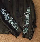 Woman's Harley Davidson Leather Jacket Large in Clarksville, Tennessee