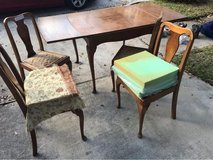 Table and 4 chairs in Spring, Texas