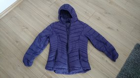 Winter jacket, purple in Wiesbaden, GE
