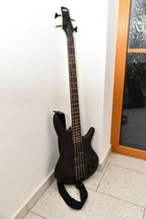 Ibanez Gio Bass Guitar + case in Hohenfels, Germany