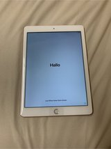 Brand New Ipad! 6th generation,32 GB, rose gold. in Ramstein, Germany