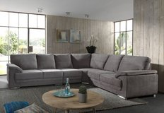 United Furniture - Vito Sectional - Available in other colors - also reverse - price with delivery in Heidelberg, GE