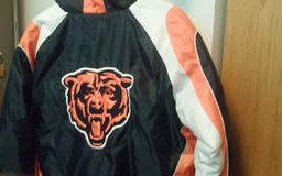 CHICAGO. LARGE NFL BEARS COAT in Orland Park, Illinois