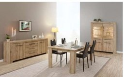 United Furniture - Elba Dining Set - China + Table + Chairs + Delivery in Heidelberg, GE