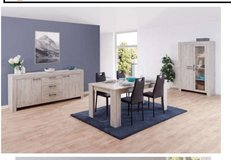 United Furniture - Giorgio Dining Set - China + Table + Chairs + Delivery in Heidelberg, GE