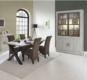 United Furniture - Kris Dining Set - China - Table - Chairs - Delivery in Stuttgart, GE