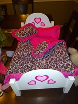 18 inch Doll bed with 3 pillows sheet and comforter set in The Woodlands, Texas