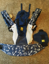 Lillebaby Carrier, Blue in Chicago, Illinois