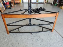 Great shape TV stand in 29 Palms, California