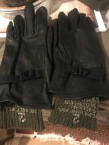 Women leather gloves with inserts: (Army) in Alamogordo, New Mexico
