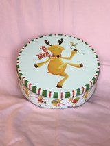 Humorous reindeer lunch plates with tin in Macon, Georgia