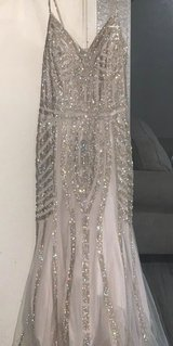 GOWN FOR SALE in Travis AFB, California