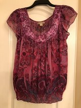 BEAUTIFUL BLOUSE SIZE - M in Houston, Texas