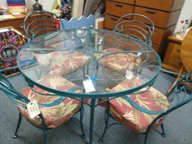 Patio Table and 4 Chairs in St. Charles, Illinois