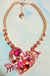 Beautiful  Betsey Johnson  Valentine  statement necklace - new with tags. in Alamogordo, New Mexico