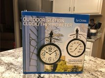 Outdoor clock thermometer in Plainfield, Illinois