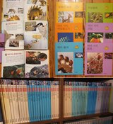 Korean book series 56 books about nature ?? in Wiesbaden, GE