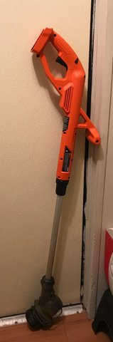 Battery Operated Black and Decker Weed Eater in Fort Polk, Louisiana
