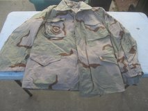 Military Field Jacket Desert Camo Size Med Reg in Byron, Georgia