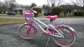 "Girls 20"" Hello Kitty Bike in Fort Campbell, Kentucky"