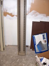 ele. Base board heater 565 watts 240 volts in Chicago, Illinois